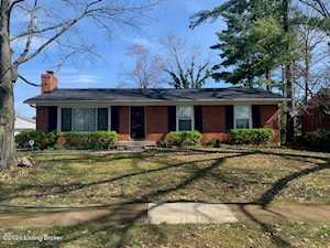 9409 Tiverton Ct Louisville, KY 40242