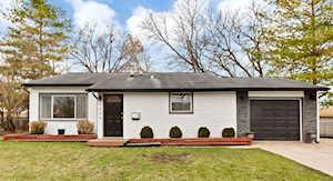5006 Bristol Ct Carpentersville, IL 60110