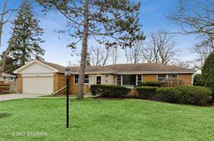 1020 Manor Dr Wilmette, IL 60091