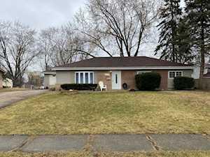 325 Newton St Hoffman Estates, IL 60169