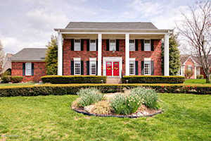 4011 Stone Lakes Dr Louisville, KY 40299