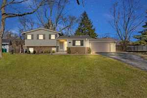 1106 Brookside Ln Deerfield, IL 60015