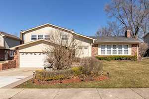 3914 Medford Circle Northbrook, IL 60062