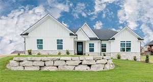 3622 Woodland Lakes Dr Floyds Knobs, IN 47119