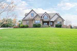 622 Burr Oak Drive Nicholasville, KY 40356