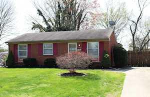 6706 Barbrook Rd Louisville, KY 40258