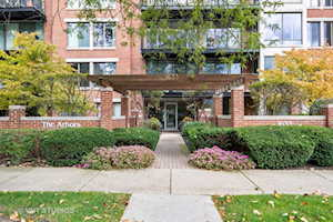 1633 2nd St #306 Highland Park, IL 60035