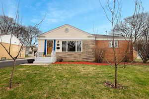 1155 N Hickory Ave Arlington Heights, IL 60004