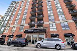 1 S Highland Ave #701 Arlington Heights, IL 60005