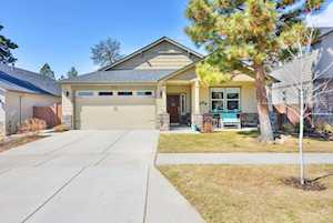 63257 Newhall Place Bend, OR 97703
