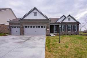 5305 Sweetwater Drive Noblesville, IN 46062