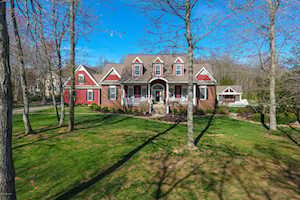 8101 Houston Ln Pewee Valley, KY 40056