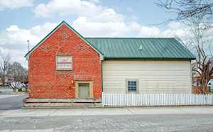 317 E Raspberry Ct Bardstown, KY 40004
