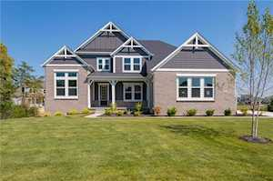 10851 Riffleview Court Fishers, IN 46040