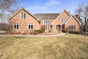 3944 Lakeview Ct Long Grove, IL 60047