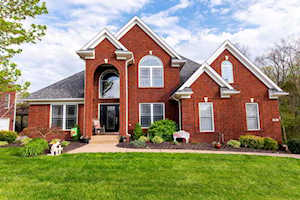 5604 Valley Park Dr Louisville, KY 40299