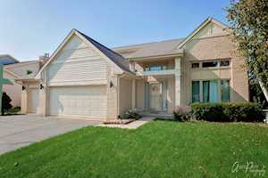 730 Greenview Ln Wheeling, IL 60090