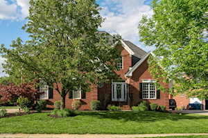 6607 Eastwind Way Crestwood, KY 40014