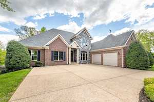501 Jackson Creek Ct Louisville, KY 40245