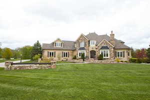 11541 Willow Springs Drive Zionsville, IN 46077