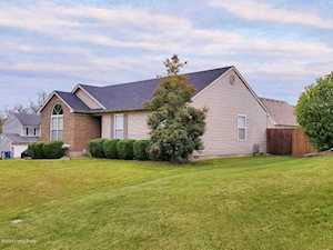 8713 Hickory Falls Ln Pewee Valley, KY 40056