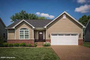 6507 Ashbrooke Dr Pewee Valley, KY 40056