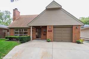 2011 Woodland Ave Park Ridge, IL 60068