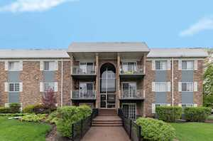 1633 N Windsor Dr #215 Arlington Heights, IL 60004