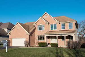 11864 Winding Trails Dr Willow Springs, IL 60480
