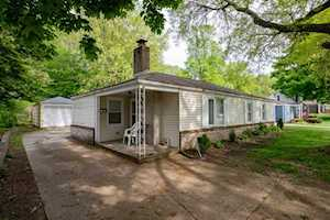 2722 Woodmont Drive South Bend, IN 46614