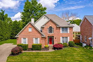 6401 Orchid Hill Pl Louisville, KY 40207