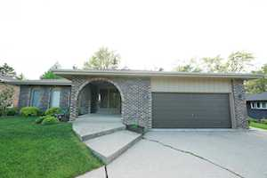 8203 Scenic Dr Willow Springs, IL 60480