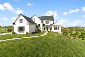10565 Bear Path Court Noblesville, IN 46060