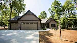 19714 Whispering Woods Drive Bristol, IN 46507
