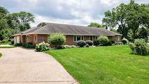 1221 W 55th Place Countryside, IL 60525