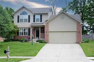 1025 Stave Oak Drive Beech Grove, IN 46107