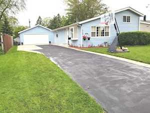 2103 Tepee Ave Carpentersville, IL 60110