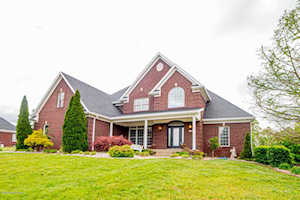 136 Oak Park Ct Mt Washington, KY 40047