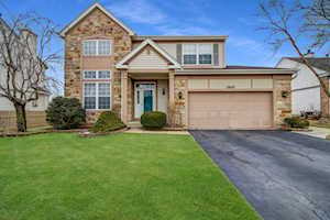 1945 Chamberry Ct Wheeling, IL 60090