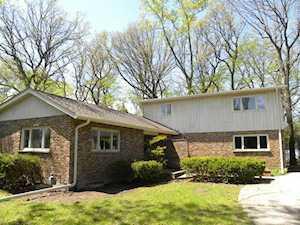 1076 Ridge Rd Highland Park, IL 60035