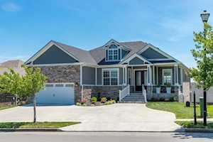 5208 Grey Oak Lane Nicholasville, KY 40356