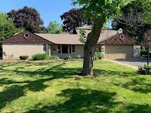 2750 Mayfield Dr Park Ridge, IL 60068