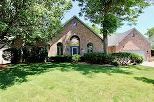 11454 Old Stone Drive Indianapolis, IN 46236