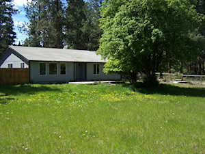 19225 River Woods Dr Bend, OR 97702