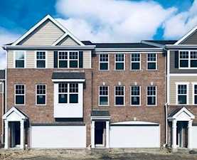 57 Timber Wolf Dr Wheeling, IL 60090