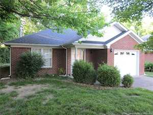 2428 Trinity Run Ct New Albany, IN 47150