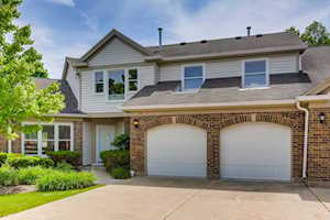 23 Willow Parkway Buffalo Grove, IL 60089