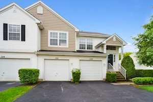 1521 Meadowsedge Ln Carpentersville, IL 60110