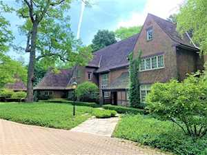 331 N Mayflower Rd Lake Forest, IL 60045