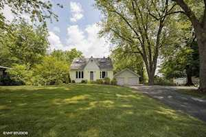 11 N Schoenbeck Rd Prospect Heights, IL 60070